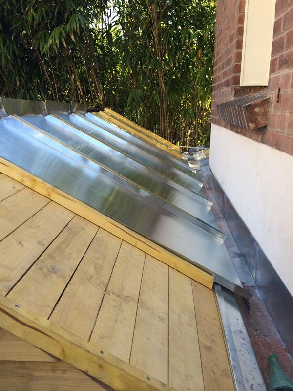 zinc pour toiture zinc pour toiture j cherence connaitre. Black Bedroom Furniture Sets. Home Design Ideas